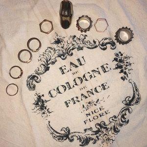 Set of mixed metal rings